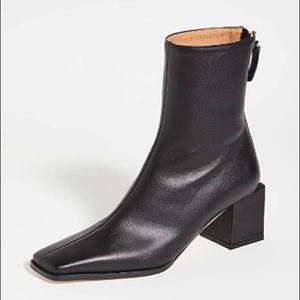 Reike Nen cubed heel basic black boot, size 38.5